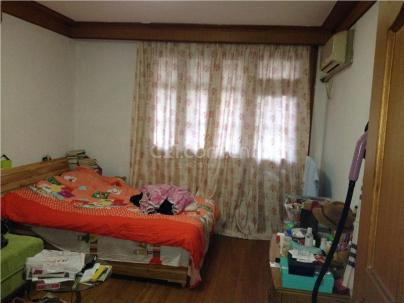 东陆六街坊176弄 3室 1厅 84平米
