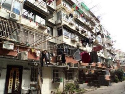 凤城一村 1室 30平米