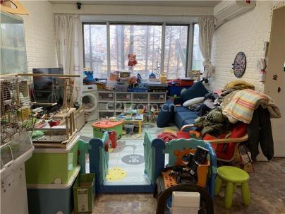 南洋虹桥公寓 1室 1厅 115平米