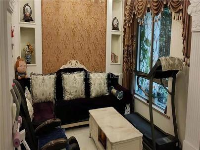 丽华公寓 4室 3厅 220平米