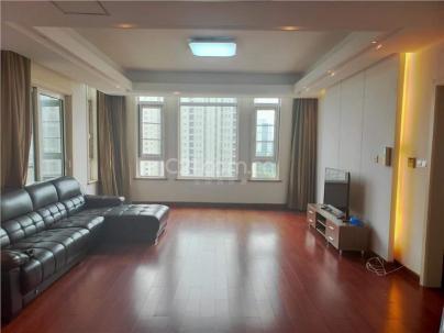 名都城二期 3室 2厅 195平米