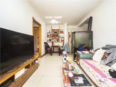 京铁家园 3室 1厅 137.24平米
