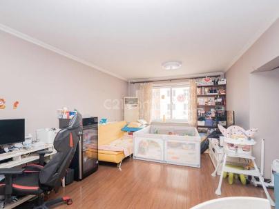 建设部大院 3室 1厅 78.5平米