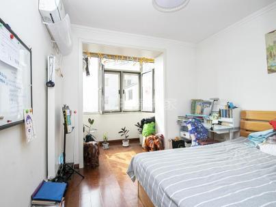 西黄城根南街 3室 1厅 68.8平米