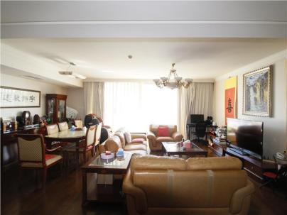 通用时代国际公寓 4室 1厅 241.47平米