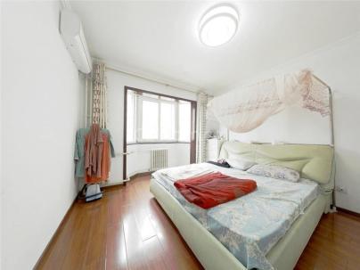 大雄城市花园春华屋 3室 2厅 156平米