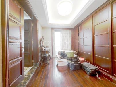 山水文园五期(东B) 4室 2厅 260平米