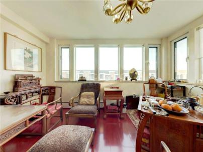 富贵园一区 5室 2厅 243.08平米