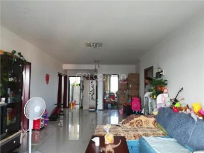 腾龙家园二区 3室 2厅 132平米