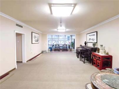万豪国际公寓 3室 2厅 238.09平米