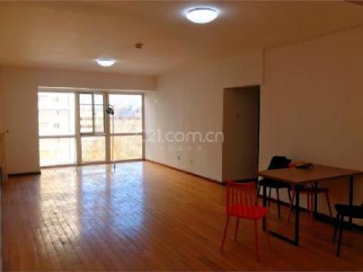 SOHO现代城 3室 2厅 143平米