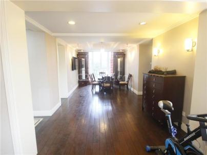 通用时代国际公寓 3室 2厅 202平米