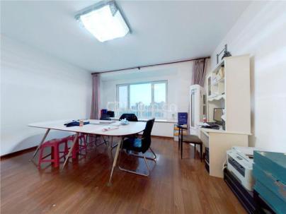 龙湖时代天街 3室 2厅 135.68平米