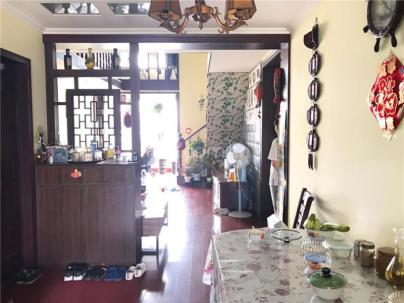 腾龙家园一区 3室 2厅 127平米