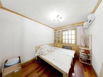 石榴园南里 3室 1厅 76平米