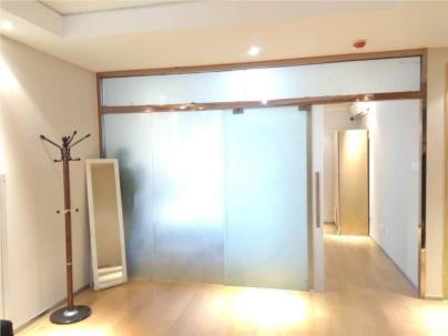 合生世界村 1室 1厅 72平米