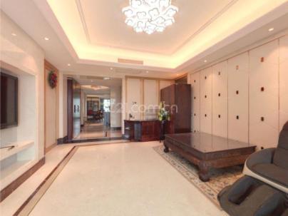 山水文园五期(东B) 3室 2厅 185.39平米