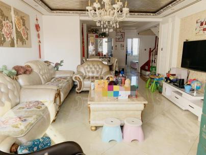 腾龙家园三区 5室 2厅 167.04平米