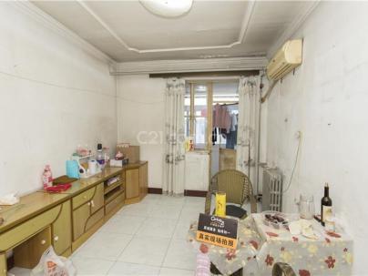 矿机路小区 3室 1厅 68平米