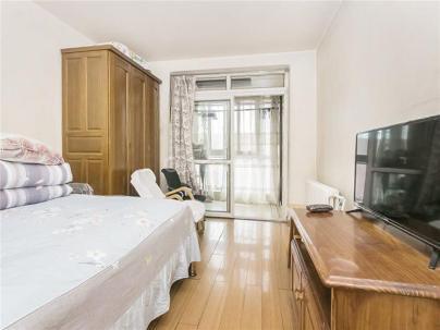 都市馨园 3室 1厅 105.2平米