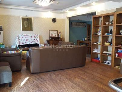 卡尔生活馆 4室 2厅 260平米