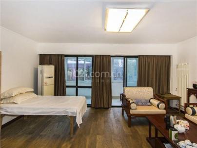 碧湖居 4室 3厅 240平米