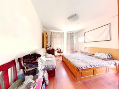 新龙城 4室 2厅 180.81平米