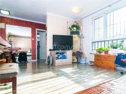 新景家园东区 1室 1厅 62.69平米