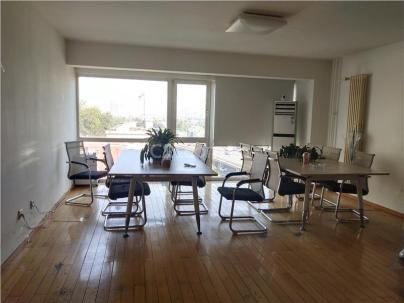 SOHO现代城 3室 2厅 148平米