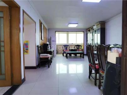 京铁家园 3室 1厅 145.87平米