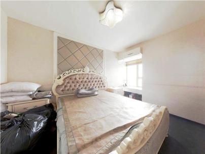 珠江骏景中区 3室 2厅 150.37平米