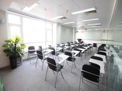 SOHO现代城 3室 3厅 228平米