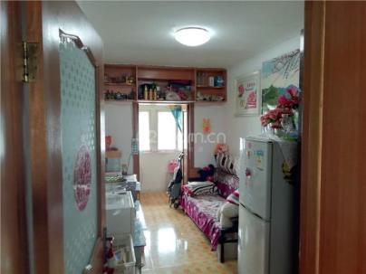 苏园里小区 3室 1厅 65平米