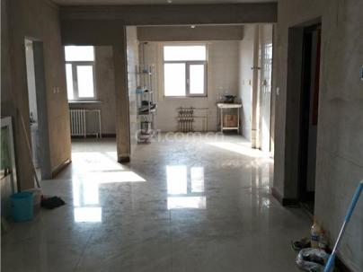 春城雅苑 3室 2厅 120.97平米