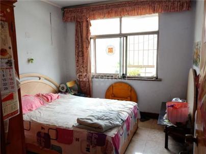 桃花源小区 3室 1厅 82平米