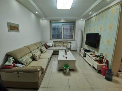景苑小区 3室 2厅 110平米