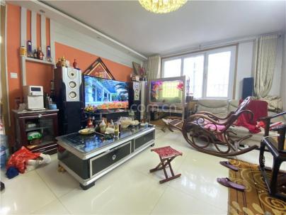 凤凰名苑 3室 2厅 111.22平米
