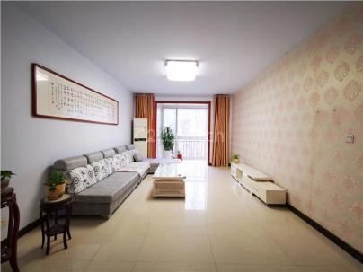 民警小区 3室 2厅 142平米