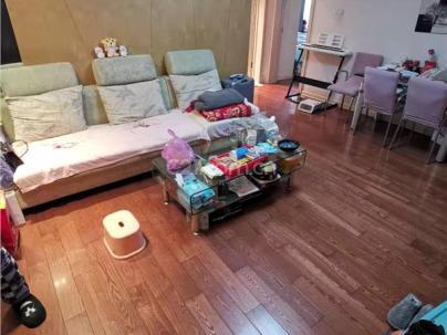 颐园豪景 2室 1厅 82平米
