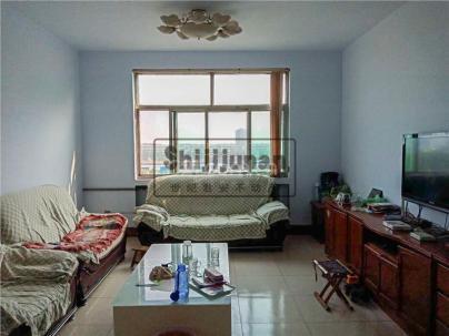东山小区 3室 2厅 124.77平米