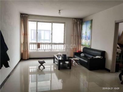 香槟广场 3室 2厅 98平米