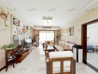 铂悦 3室 1厅 118平米