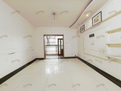 比华利国际城一期 4室 1厅 117.9平米