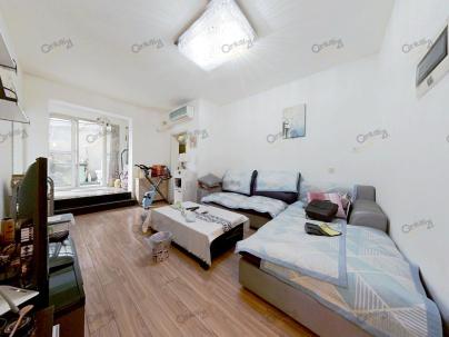 东湖花园水晶座 2室 1厅 63.98平米