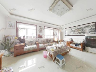 彩虹湖 3室 2厅 134平米