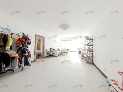 海地佳园 3室 2厅 141平米
