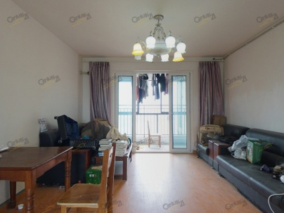 阳光天地 4室 2厅 132平米