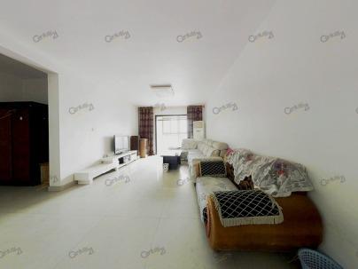 世贸中心 3室 2厅 133.8平米