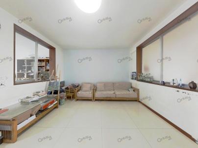 九龙园 3室 1厅 107平米