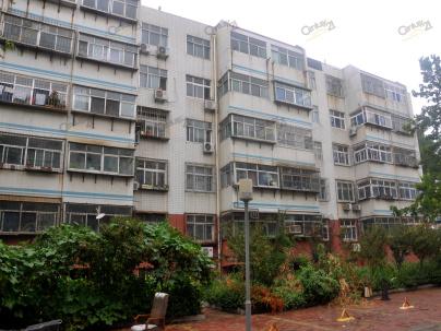 卧龙小区东区 3室 2厅 83平米